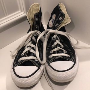 Converse Black high top sneakers! Size 5